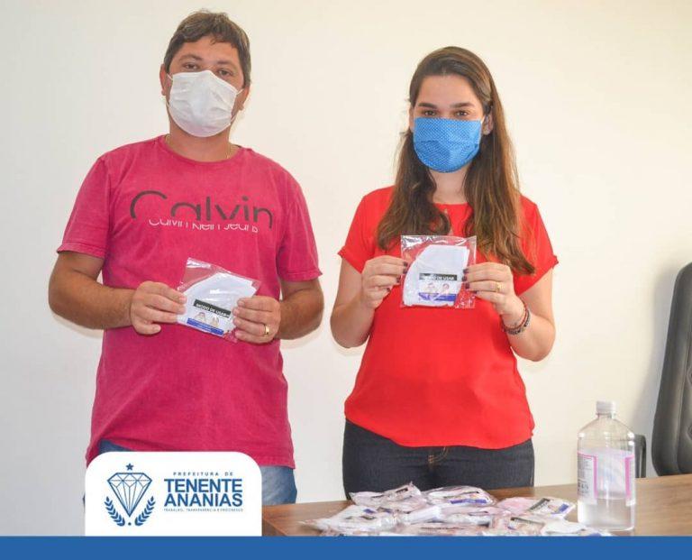 A Prefeitura Municipal através da Secretaria Municipal de Saúde está investindo na aquisição de máscara reutilizáveis para distribuição.