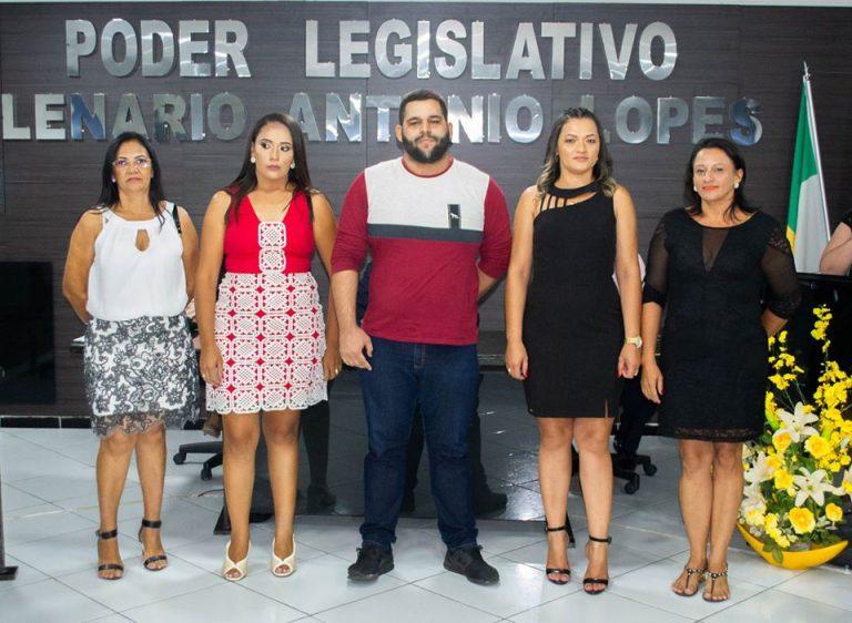 CONSELHEIROS TUTELARES DE TENENTE ANANIAS SÃO DIPLOMADOS E TOMAM POSSE.